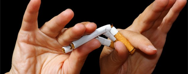 Hand breaking Nicotine-Free Cigarettes