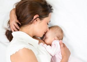 smoking-while-breastfeeding-risks