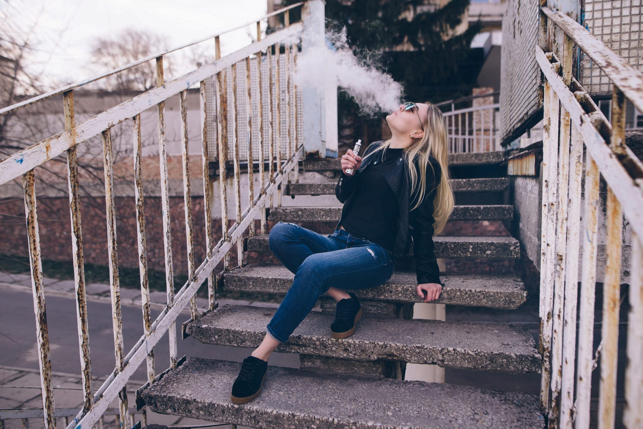 How To Vape A Quick Guide