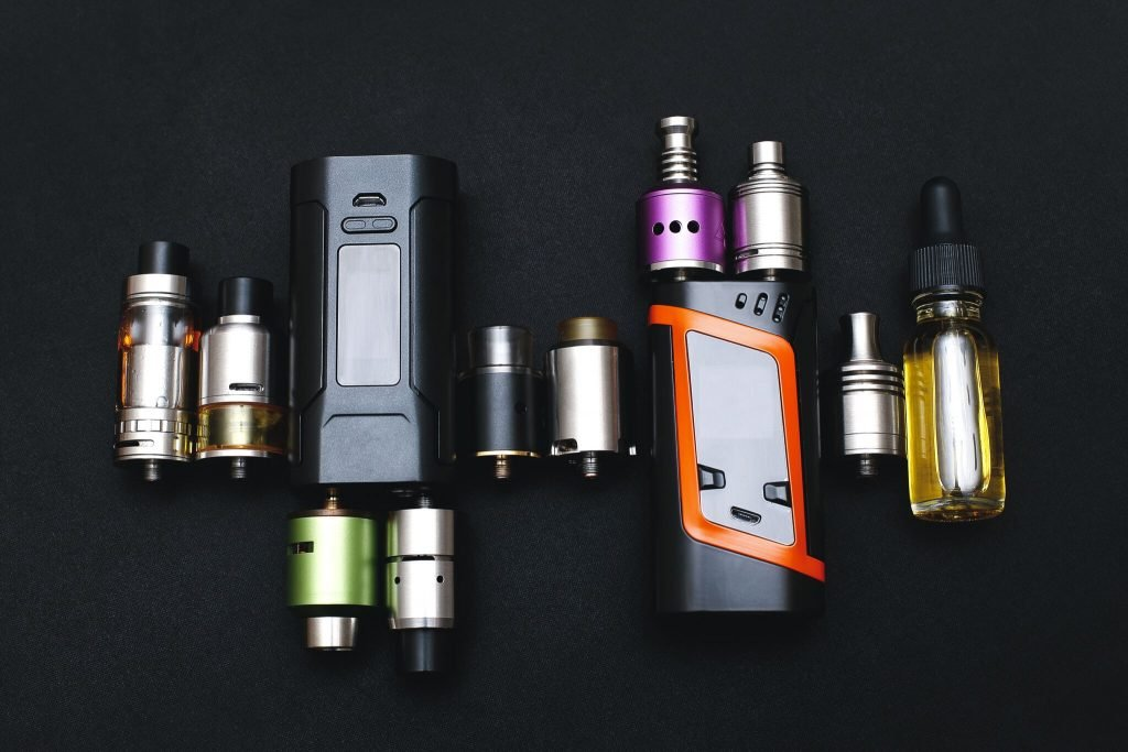 vaping devices and parts to them