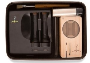 Magic-Flight Launch Box Vaporizer Starter Kit the all Contents image
