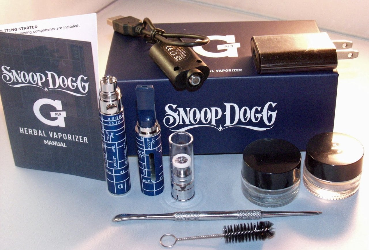 Snoop Dogg G Pen Dry Herb Vaporizer Box Contents