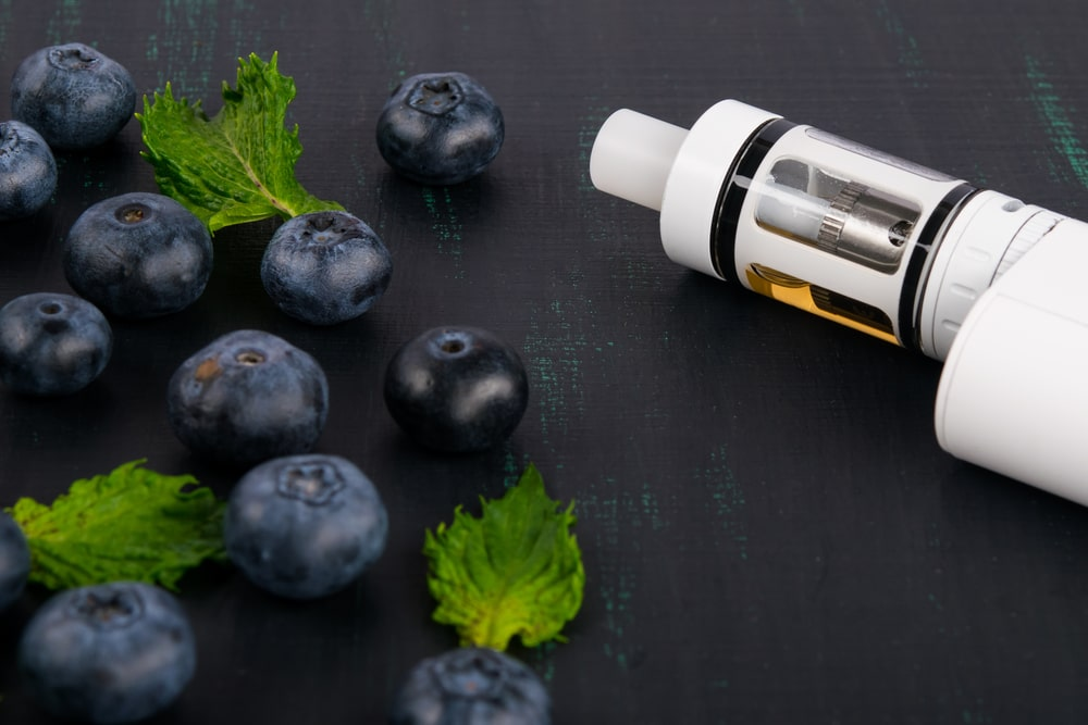 vaping device with vitamins