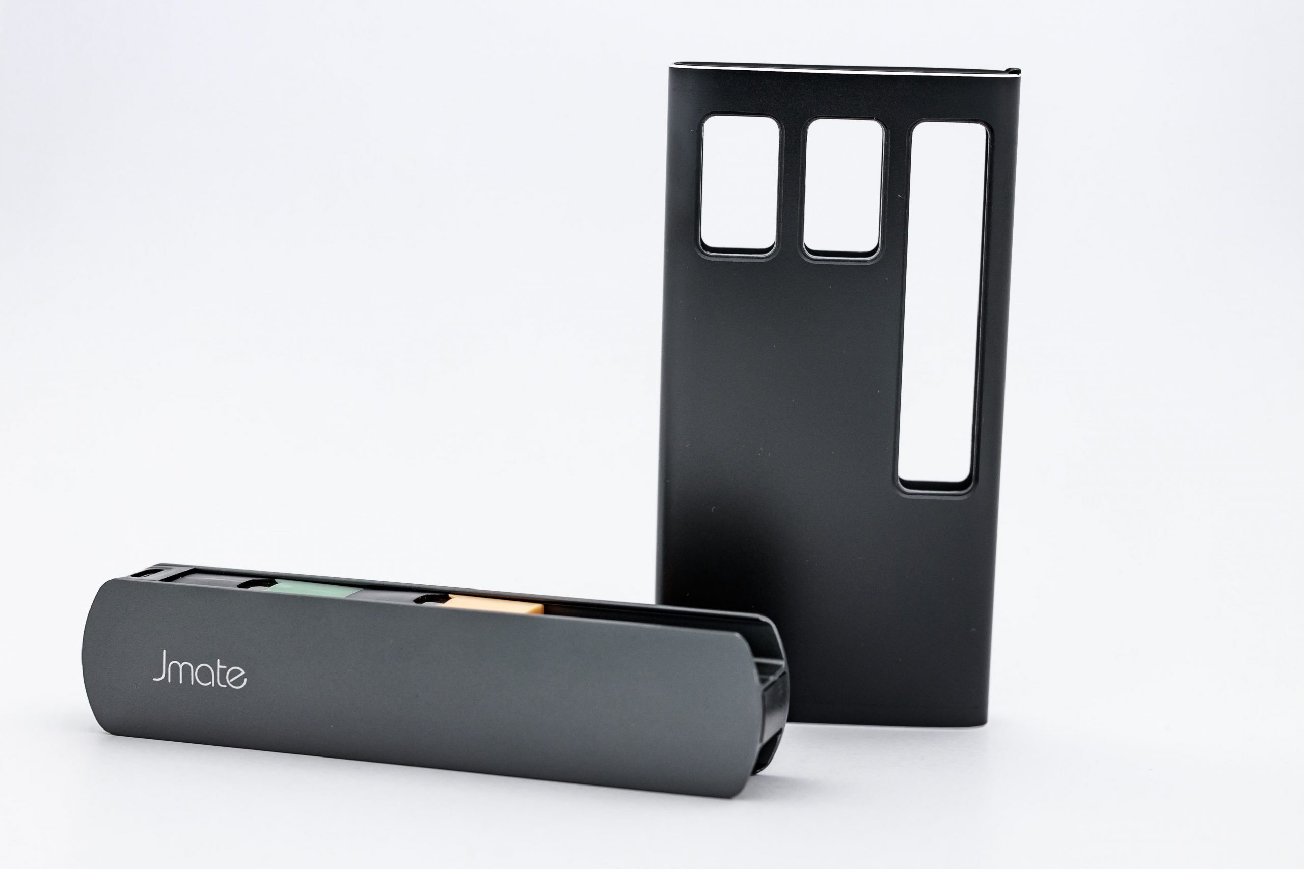 jmate juul charging case - image by vapingdaily