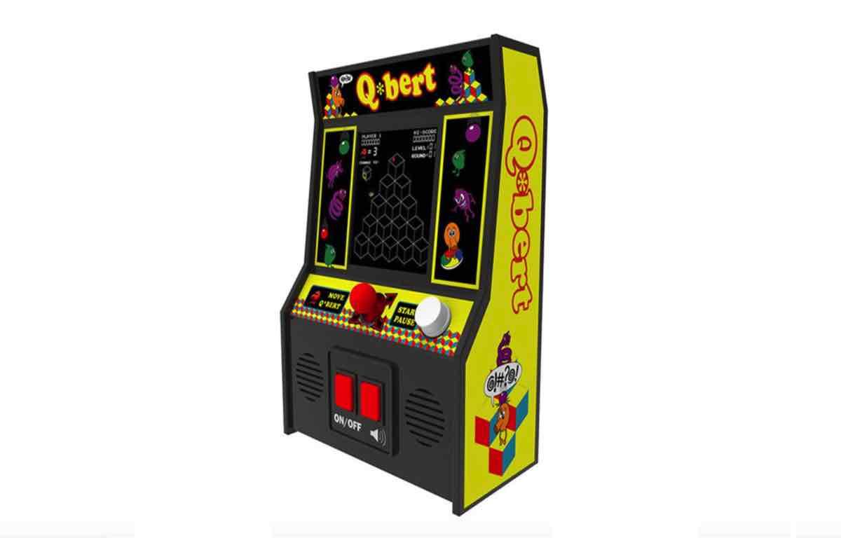 Q*bert Arcade Mod: The Most Creative Design Yet